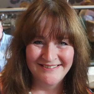 Julia Gavin